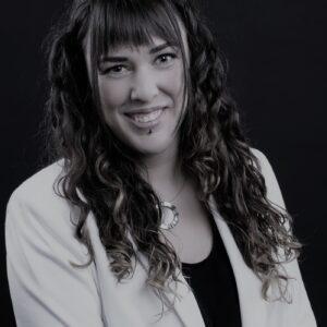 Beatriz Molero bw3